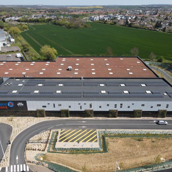 Installation-panneaux-photovoltaïque-station-de-lavage-et-drive-Leclerc-de-Marly