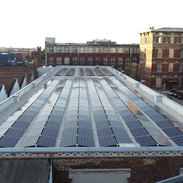 Installation-panneaux-solaires-photovoltaïques-Icam-l-Silicéo