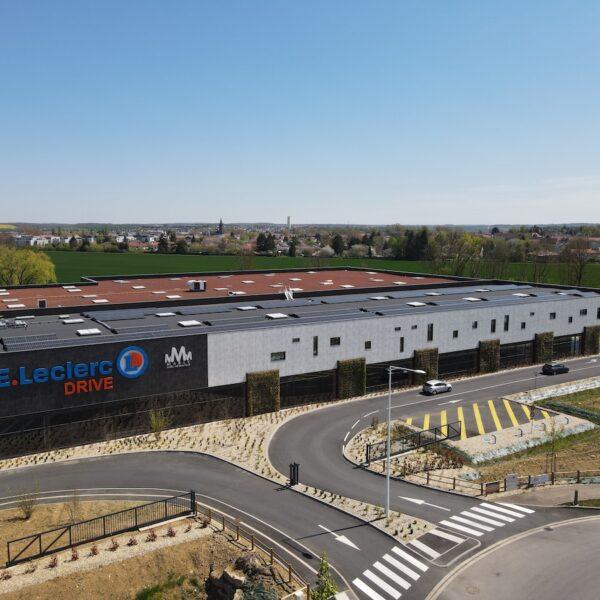 Installation-photovoltaïque-station-de-lavage-et-drive-Leclerc-de-Marly